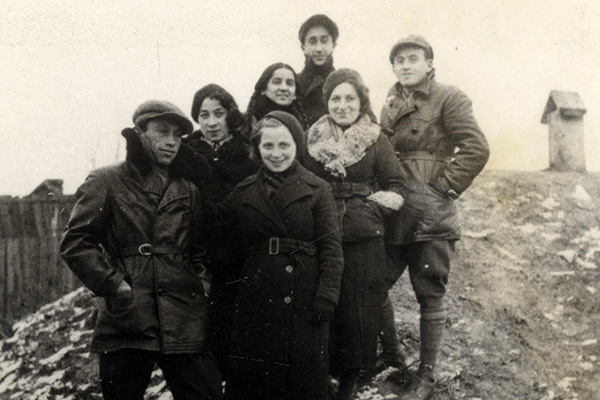 Members of the resistance in Bialystok, Poland, 1938. Leader Frumka Plotnicka, second from right, died fighting the Nazis in the Będzin ghetto uprising. Beit Lohamei Haghetaot (Ghetto Fighters' House Museum), Israel