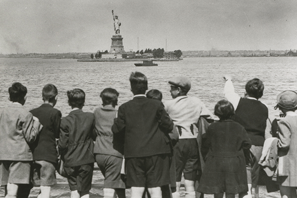 Child refugees from Nazi Germany arrive in New York Harbor, 1939.US Holocaust Memorial Museum
