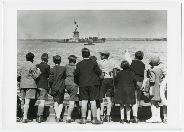 A group of Jewish children rescued from Vienna look at the Statue of Liberty as they pull into New York harbor in June 1939. US Holocaust Memorial Museum, courtesy of Steven Pressman
