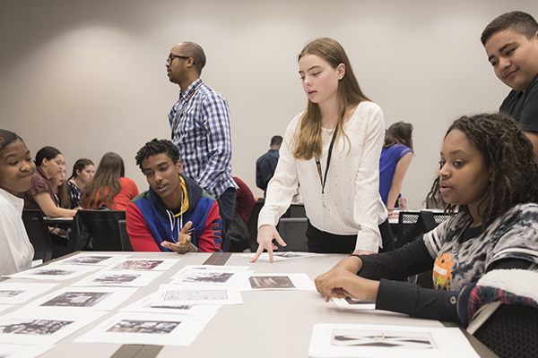 Students learn about Holocaust history at the Museum. US Holocaust Memorial Museum