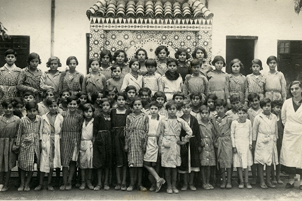 Laurette Cohen (front row, in the far right) poses with her students at an Alliance Israelite School in Morocco. US Holocaust Memorial Museum, courtesy of Mathilde Tagger