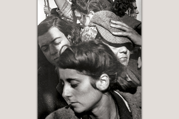 Immigrants aboard the ship Parita. Walter Zadek, 1939. Courtesy of Galerie Bassenge, Berlin